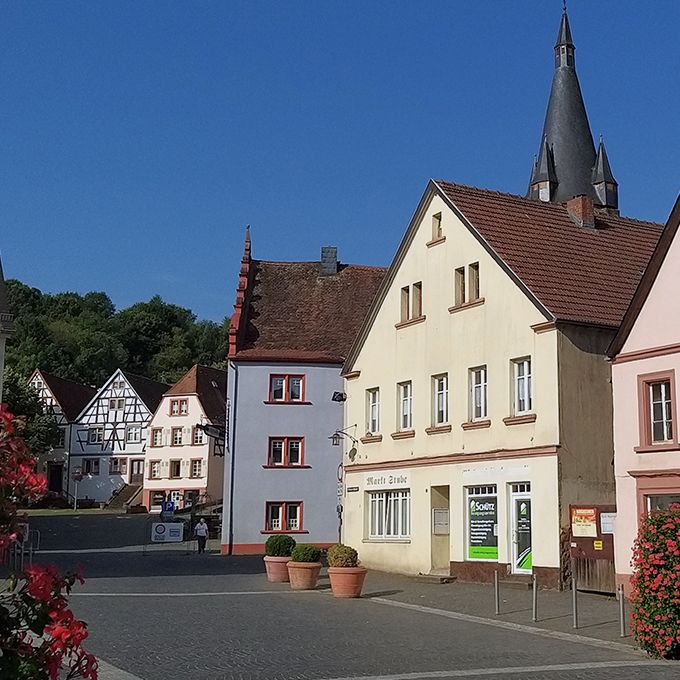 Immobilien YOUARUS in Ottweiler